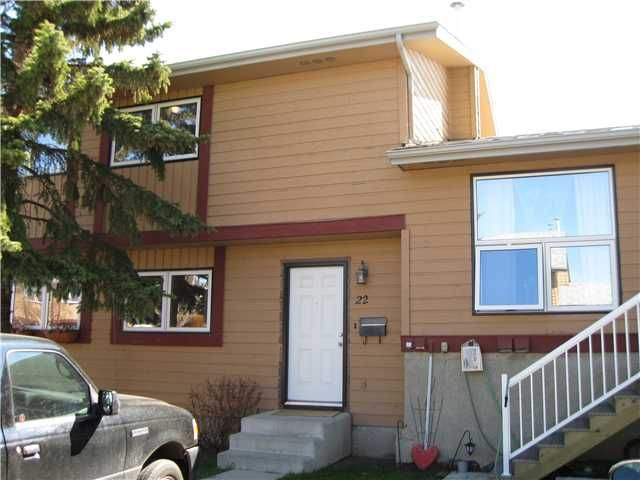 Main Photo: 22 51 BIG HILL Way SE: Airdrie Townhouse for sale : MLS®# C3426510