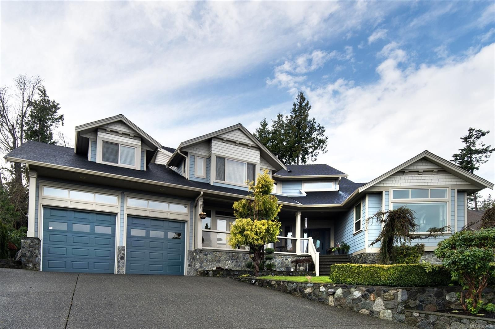 Main Photo: 7010 Beach View Crt in : CS Island View House for sale (Central Saanich)  : MLS®# 863438