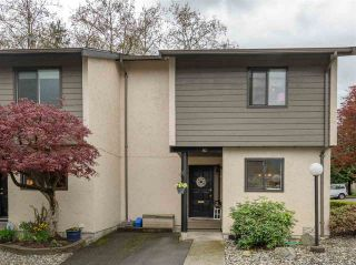 """Photo 1: 82 2905 NORMAN Avenue in Coquitlam: Ranch Park Townhouse for sale in """"PARKWOOD ESTATES"""" : MLS®# R2362487"""