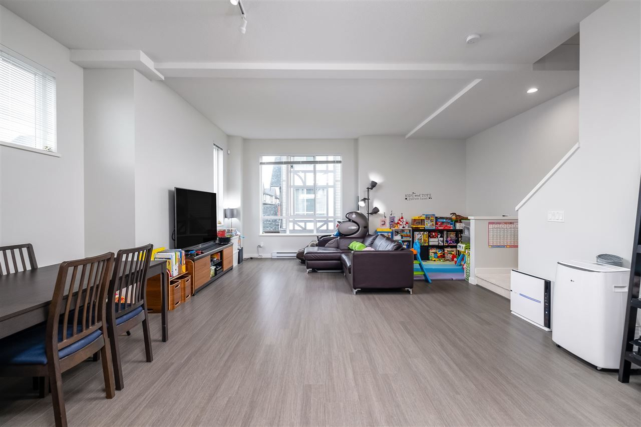 """Photo 8: Photos: 17 10388 NO. 2 Road in Richmond: Woodwards Townhouse for sale in """"KINGSLEY ESTATE"""" : MLS®# R2529818"""