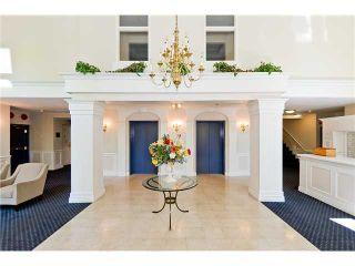 Photo 4: 200 5835 HAMPTON Place in St. James House: Home for sale : MLS®# V984509
