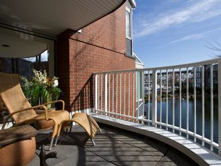 """Photo 18: 1598 ISLAND PARK Walk in Vancouver: False Creek Townhouse for sale in """"THE LAGOONS"""" (Vancouver West)  : MLS®# V1052642"""