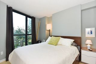 """Photo 13: 402 501 PACIFIC Street in Vancouver: Downtown VW Condo for sale in """"THE 501"""" (Vancouver West)  : MLS®# R2212611"""