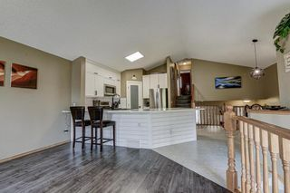 Photo 6: 23 Country Hills Link NW in Calgary: Country Hills Detached for sale : MLS®# A1136461