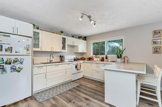Photo 9: 2815 Meadowview Rd in : ML Shawnigan House for sale (Malahat & Area)  : MLS®# 858524