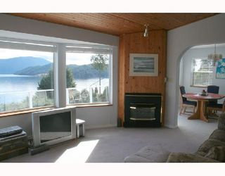 "Photo 2: 1766 NORTH Road in Gibsons: Gibsons & Area House for sale in ""HOPKINS LANDING"" (Sunshine Coast)  : MLS®# V692529"