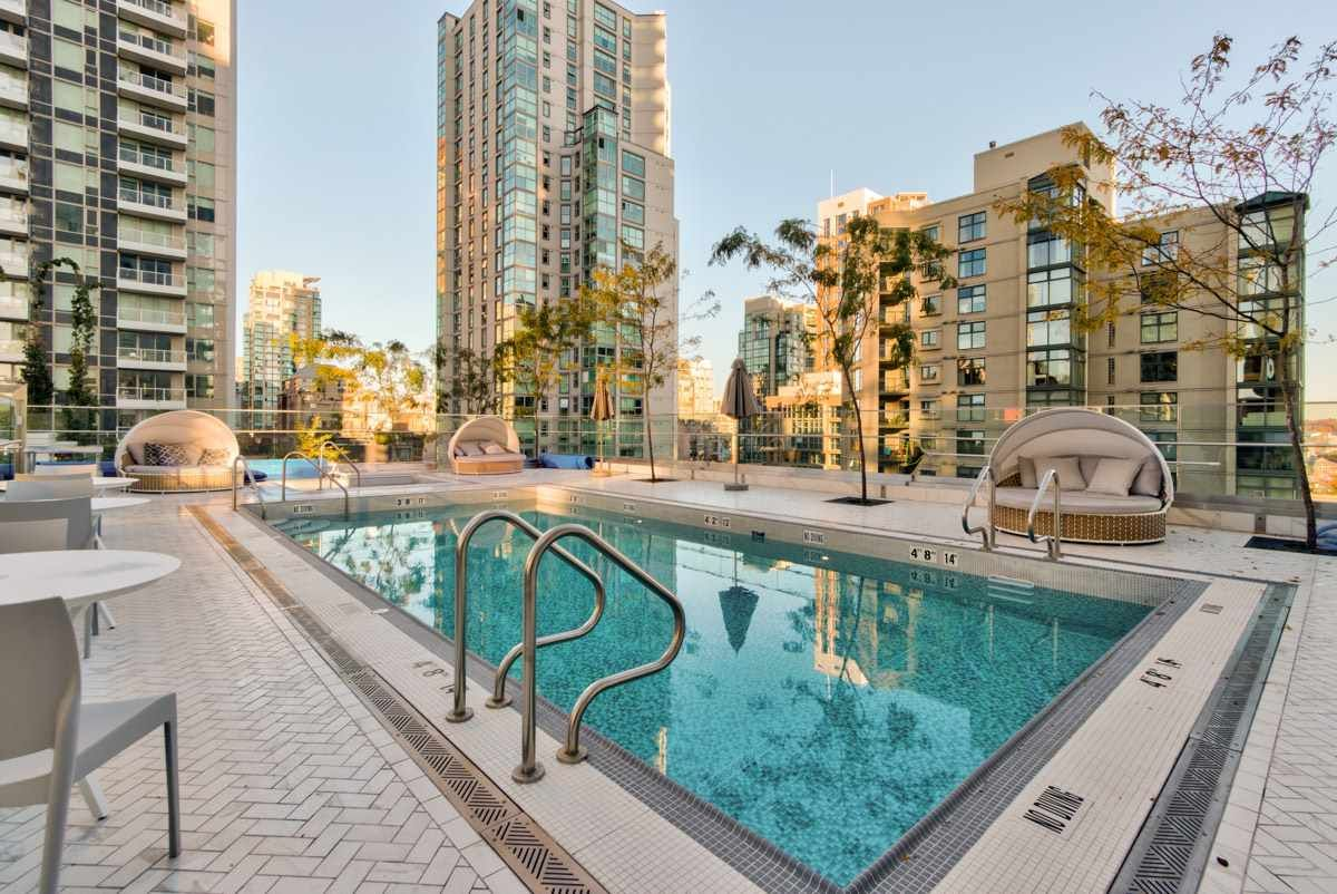 """Photo 21: Photos: 2001 499 PACIFIC Street in Vancouver: Yaletown Condo for sale in """"The Charleson"""" (Vancouver West)  : MLS®# R2456013"""