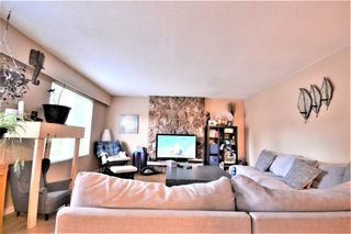 Photo 4: 650 CYPRESS Street in Coquitlam: Central Coquitlam House for sale : MLS®# R2619391