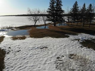 Photo 6: 14 Second Street in Alexander RM: Pinawa Bay Residential for sale (R28)  : MLS®# 202106039