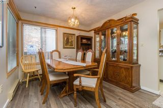 Photo 10: 436 Tipton Ave in VICTORIA: Co Wishart South House for sale (Colwood)  : MLS®# 803370
