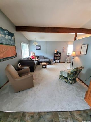 Photo 4: 304 Second Avenue in Lampman: Residential for sale : MLS®# SK860536