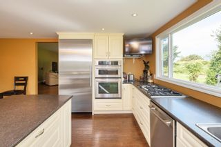 Photo 7: 19658 RICHARDSON Road in Pitt Meadows: North Meadows PI House for sale : MLS®# R2616739