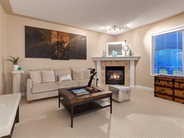 Photo 14: Photos: 40 COUGARSTONE Manor SW in Calgary: Cougar Ridge House for sale : MLS®# C4087798