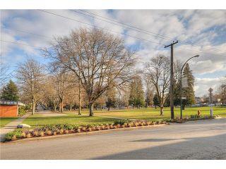 "Photo 10: 941 E 23RD Avenue in Vancouver: Fraser VE House for sale in ""GLEN PARK"" (Vancouver East)  : MLS®# V927242"