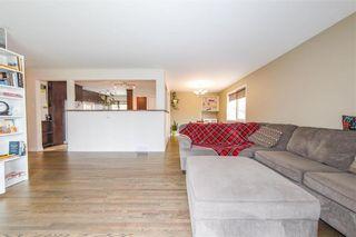 Photo 7: 39 Sage Crescent in Winnipeg: Crestview Residential for sale (5H)  : MLS®# 202123249