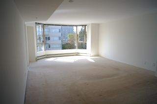 """Photo 4: 503 2108 W 38TH Avenue in Vancouver: Kerrisdale Condo for sale in """"The Wilshire"""" (Vancouver West)  : MLS®# R2058864"""