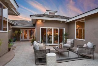 Photo 9: LA JOLLA House for sale : 5 bedrooms : 5459 Moonlight Lane