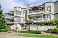 """Main Photo: 314 1840 SOUTHMERE Crescent in Surrey: Sunnyside Park Surrey Condo for sale in """"Southmere Mews"""" (South Surrey White Rock)  : MLS®# R2235394"""