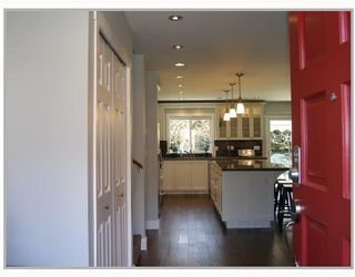 Photo 2: 41497 MEADOW Avenue: Brackendale House for sale (Squamish)  : MLS®# V698563