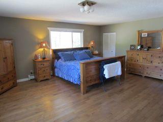 Photo 8: 25170 4 AV in Langley: Otter District House for sale : MLS®# F1441032