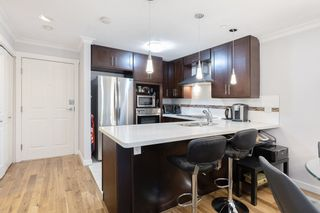 """Photo 4: 107 525 WHEELHOUSE Square in Vancouver: False Creek Condo for sale in """"HENLEY COURT"""" (Vancouver West)  : MLS®# R2529742"""
