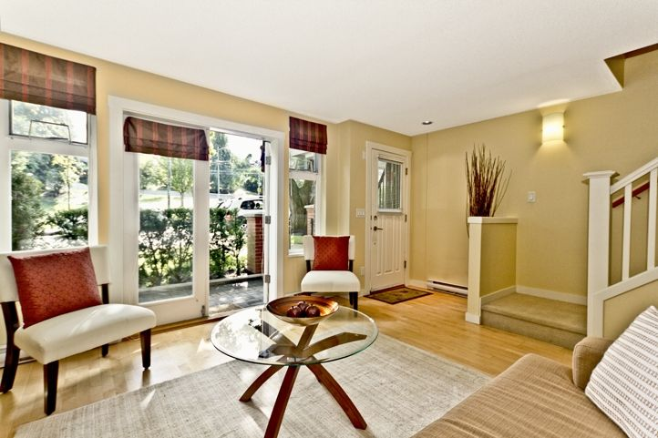 """Main Photo: 3683 W 12TH Avenue in Vancouver: Kitsilano Townhouse for sale in """"Twenty on the Park"""" (Vancouver West)  : MLS®# V909572"""