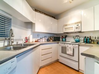 """Photo 10: 210 8450 JELLICOE Street in Vancouver: South Marine Condo for sale in """"THE BOARDWALK"""" (Vancouver East)  : MLS®# R2406380"""