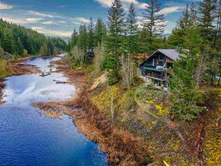 "Main Photo: 37 GARIBALDI Drive in Whistler: Black Tusk - Pinecrest House for sale in ""Black Tusk"" : MLS®# R2575250"