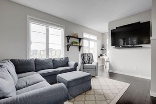 Photo 4: 102 WALDEN Circle SE in Calgary: Walden Row/Townhouse for sale : MLS®# C4236835