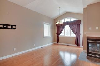 Photo 8: 212 SIMCOE Place SW in Calgary: Signal Hill Semi Detached for sale : MLS®# C4293353