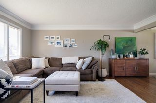 Photo 3: 8415 7 Street SW in Calgary: Haysboro Detached for sale : MLS®# A1143809