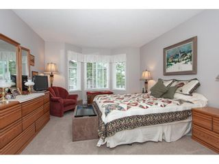 """Photo 15: 71 6488 168 Street in Surrey: Cloverdale BC Townhouse for sale in """"Turnberry by Polygon"""" (Cloverdale)  : MLS®# R2290856"""