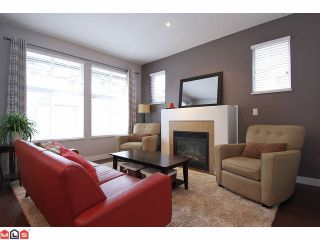 """Photo 2: 21 18199 70TH Avenue in Surrey: Cloverdale BC Townhouse for sale in """"AUGUSTA"""" (Cloverdale)  : MLS®# F1105716"""