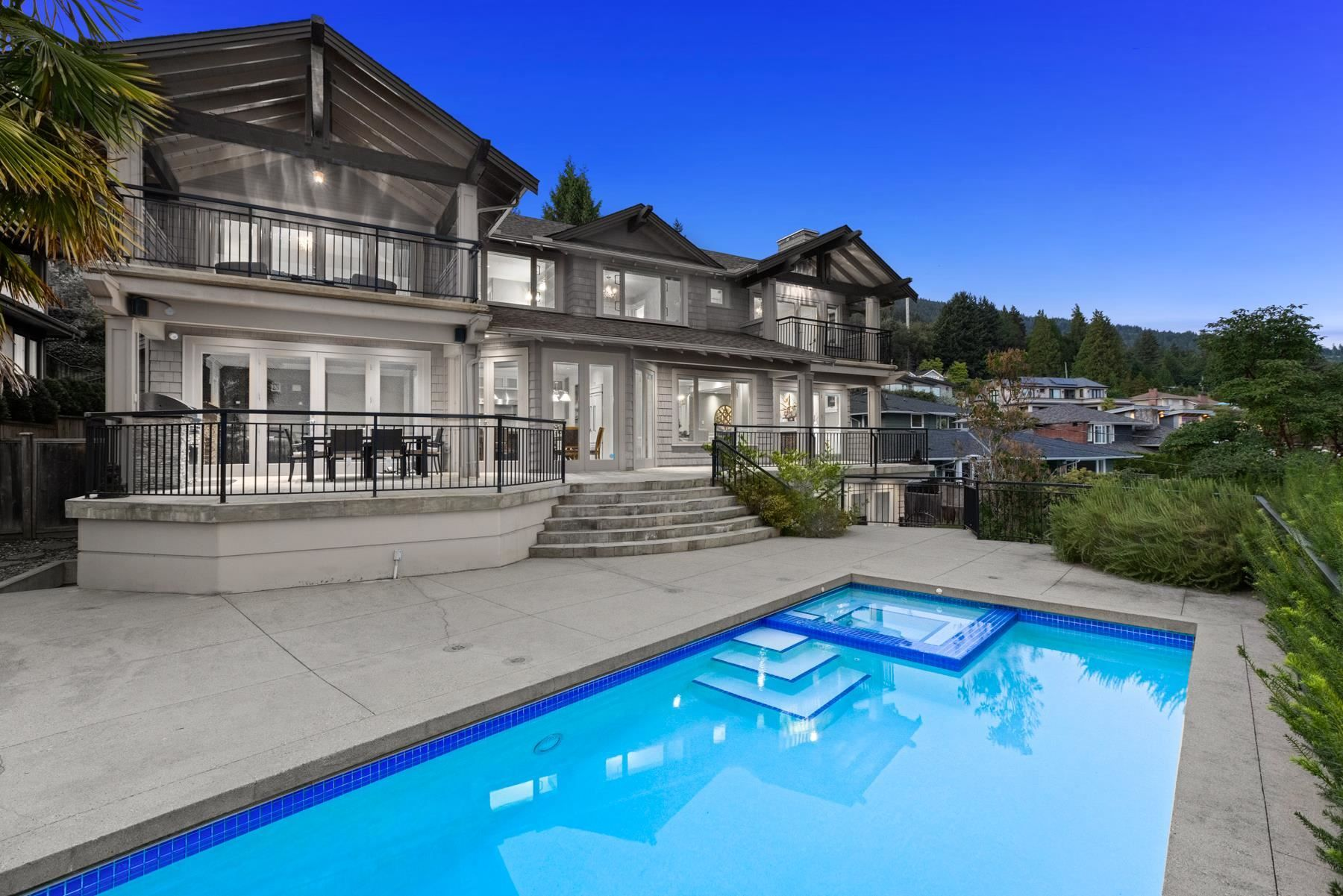 Main Photo: 3369 CRAIGEND Road in West Vancouver: Westmount WV House for sale : MLS®# R2625167