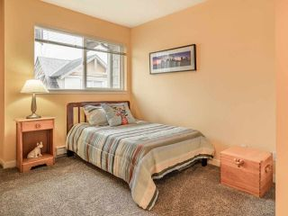 """Photo 16: 41 16789 60 Avenue in Surrey: Cloverdale BC Townhouse for sale in """"Laredo"""" (Cloverdale)  : MLS®# R2540205"""