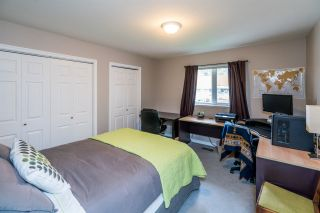 """Photo 10: 6127 BERGER Place in Prince George: Hart Highlands House for sale in """"Hart Highlands"""" (PG City North (Zone 73))  : MLS®# R2403560"""