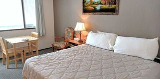 Photo 2: 55 Room Motel with property for sale in BC: Business with Property for sale