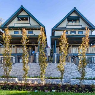 """Main Photo: 32 E 12TH Avenue in Vancouver: Mount Pleasant VE Townhouse for sale in """"WEST OF MAIN"""" (Vancouver East)  : MLS®# R2585791"""