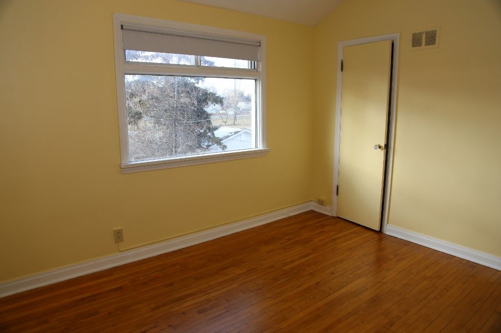 Photo 22: Photos: 125 Lindsay Street in WINNIPEG: River Heights Single Family Detached for sale (South Winnipeg)  : MLS®# 1427795