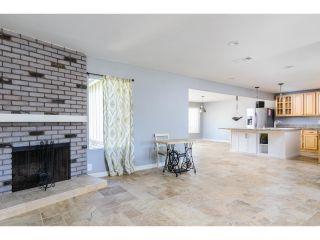 Photo 9: OCEANSIDE House for sale : 3 bedrooms : 4002 Via Los Padres