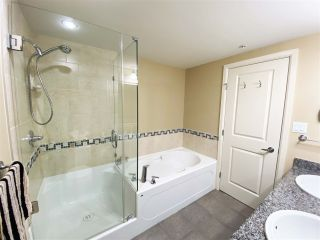 """Photo 12: 2702 892 CARNARVON Street in New Westminster: Downtown NW Condo for sale in """"Azure II Downtown NW"""" : MLS®# R2508059"""