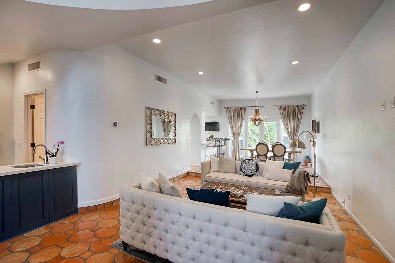 Photo 10: Photos: 4551 N 52nd Place in Phoenix: Arcadia Condo for sale : MLS®# 6246268