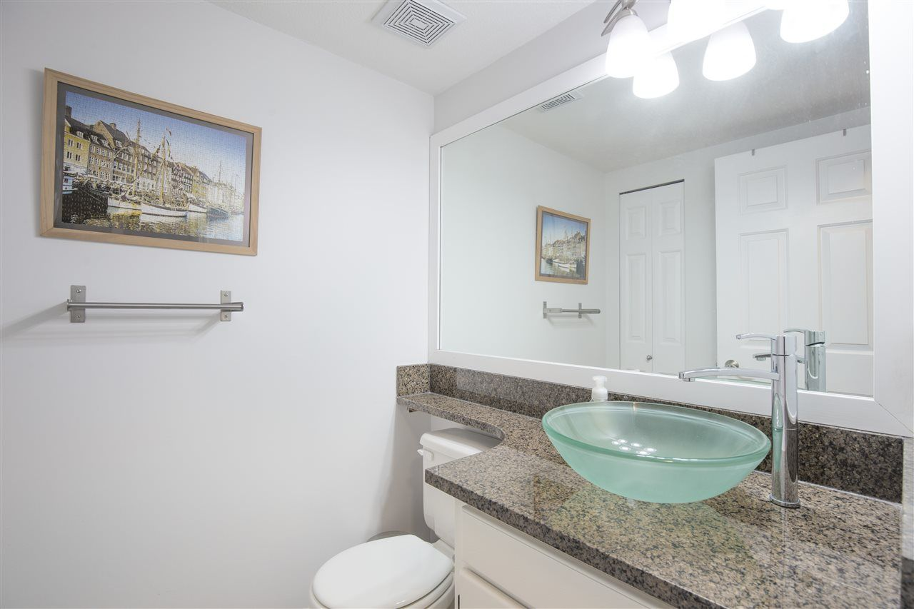 """Photo 4: Photos: C 3374 SEFTON Street in Port Coquitlam: Glenwood PQ Townhouse for sale in """"SEFTON MANOR"""" : MLS®# R2456202"""