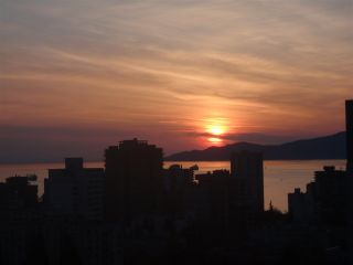 """Photo 14: 2005 1028 BARCLAY Street in Vancouver: West End VW Condo for sale in """"PATINA"""" (Vancouver West)  : MLS®# R2149030"""