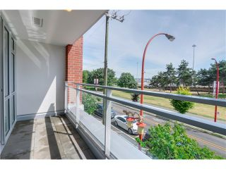 "Photo 13: 217 221 UNION Street in Vancouver: Mount Pleasant VE Condo for sale in ""V6A"" (Vancouver East)  : MLS®# V1073041"