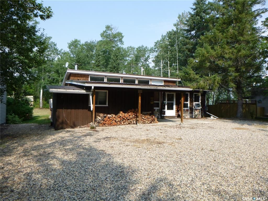 Main Photo: 58 Oskunamoo Drive in Greenwater Provincial Park: Residential for sale : MLS®# SK863694