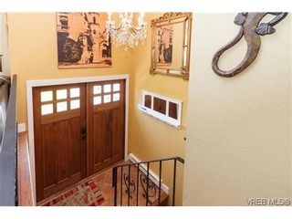 Photo 2: SIDNEY REAL ESTATE = NORTH-EAST SIDNEY FAMILY HOME For Sale SOLD With Ann Watley