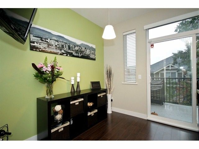 """Photo 7: Photos: 16 2929 156TH Street in Surrey: Grandview Surrey Townhouse for sale in """"TOCCATA"""" (South Surrey White Rock)  : MLS®# F1405767"""
