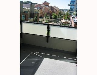 """Photo 10: 210 10 RENAISSANCE Square in New_Westminster: Quay Condo for sale in """"MURANO LOFTS"""" (New Westminster)  : MLS®# V672600"""