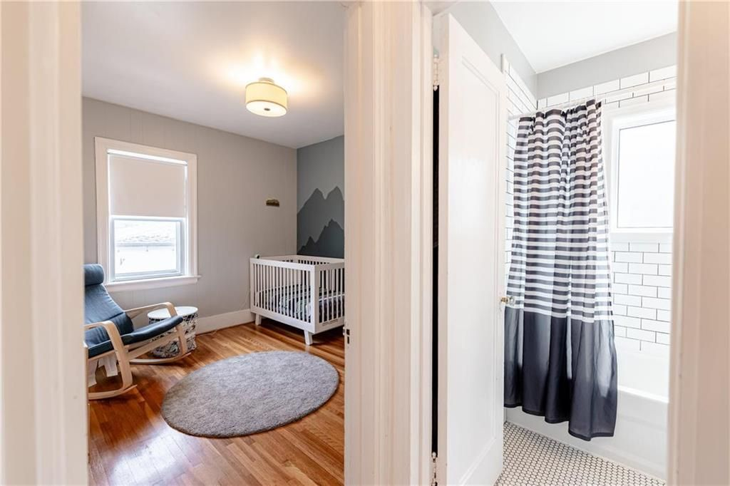 Photo 15: Photos: 292 Beaverbrook Street in Winnipeg: River Heights North Residential for sale (1C)  : MLS®# 202109631